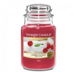 Cherries On Snow Yankee Candle duża świeca